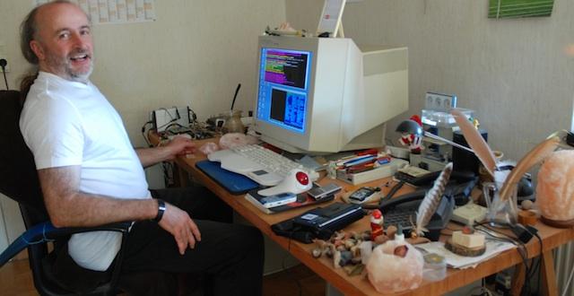 Dieter Spaar in seinem Büro
